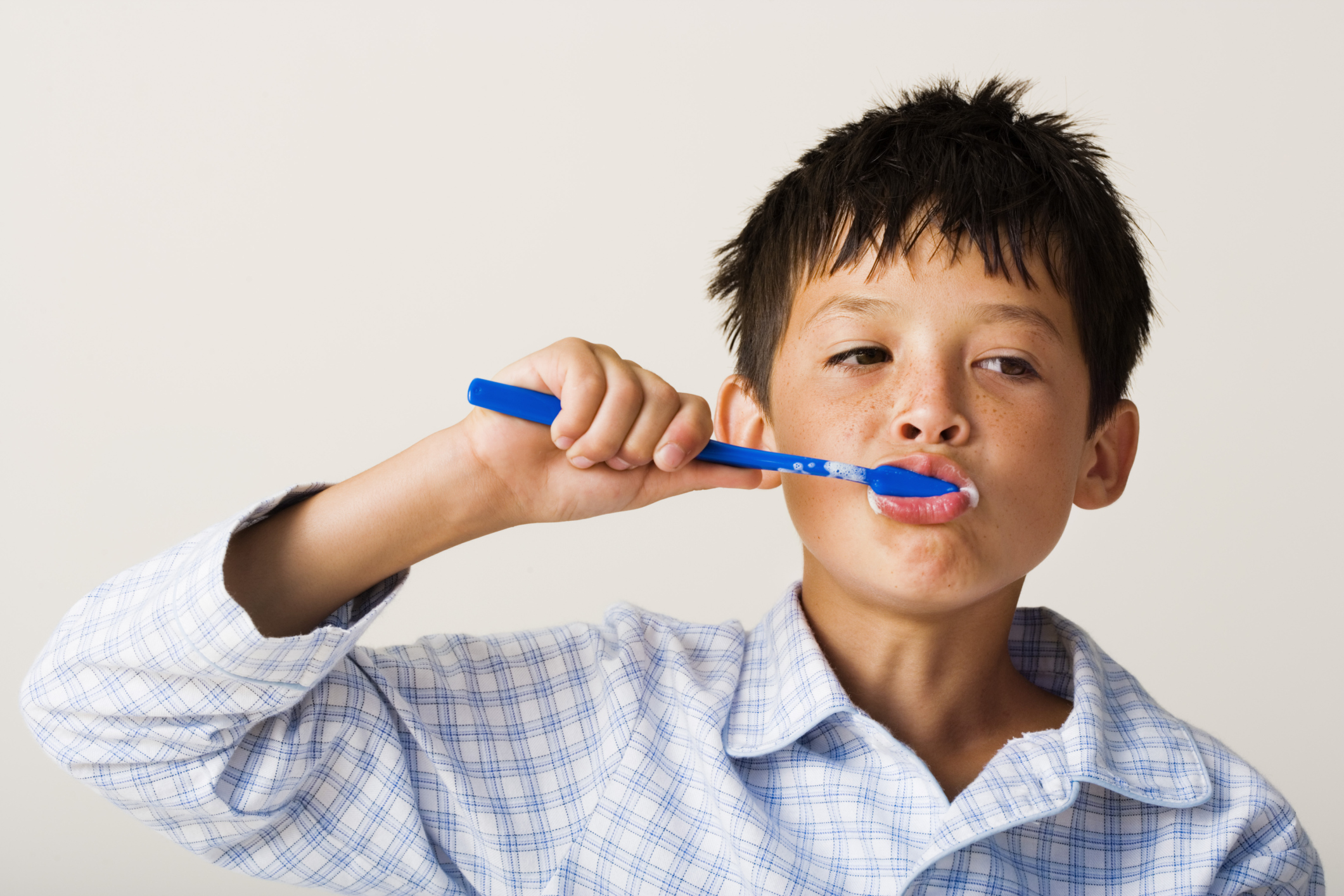 Picking the Right Toothpaste & Toothbrush for Your Children
